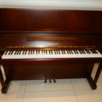yamaha-u1-walnut